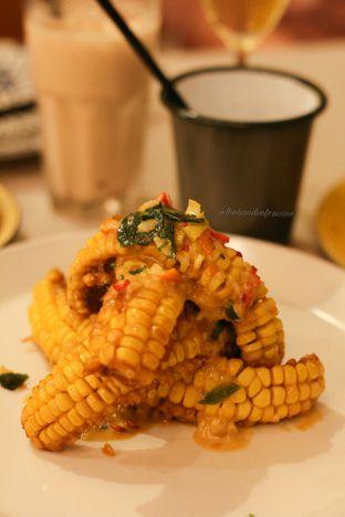 Foto 4 - Makanan di Ling Ling Dim Sum & Tea House oleh thehandsofcuisine