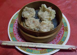 Foto 2 - Makanan(Dimsum kepiting dan udang) di Dimsum Bang Andri oleh Tupai Makan