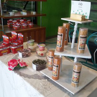 Foto 9 - Interior di Ecology Cafe oleh Andin | @meandfood_