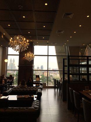 Foto 5 - Interior di Hoshino Coffee oleh Jeljel