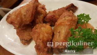 Foto 2 - Makanan(sayap ayam goreng pedas) di Lamian Palace oleh Audry Arifin @thehungrydentist