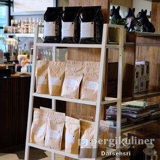 Foto 16 - Interior di Hygge Coffee oleh Darsehsri Handayani