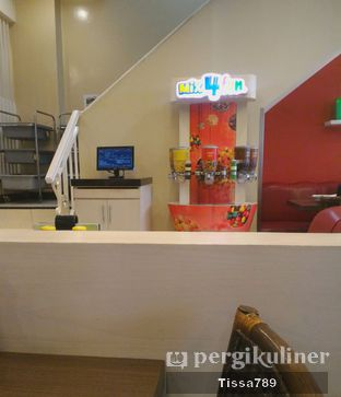 Foto 6 - Interior di Pizza Hut oleh Tissa Kemala