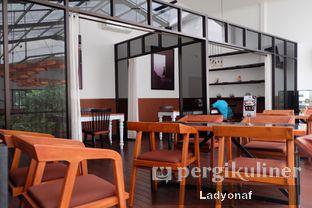 Foto 10 - Interior di Bittersweet Bistro oleh Ladyonaf @placetogoandeat