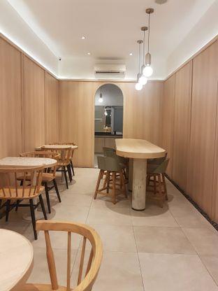 Foto 4 - Interior di Coffeeright oleh Gembuli Tan