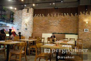Foto 7 - Interior di School Food Blooming Mari oleh Darsehsri Handayani