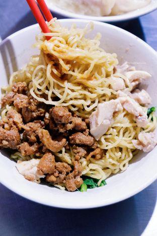 Foto 1 - Makanan di Bakmi Lung Kee oleh Indra Mulia