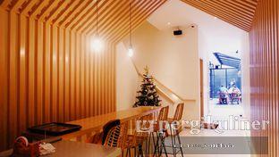 Foto 3 - Interior di Ardent Coffee oleh Oppa Kuliner (@oppakuliner)