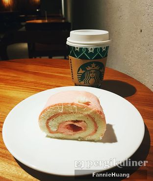 Foto 1 - Makanan di Starbucks Coffee oleh Fannie Huang  @fannie599