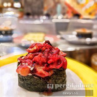 Foto 2 - Makanan di Sushi Go! oleh Slimybelly