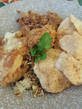 Foto 9 - Makanan di Bermvda Coffee oleh Stallone Tjia (@Stallonation)