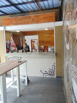 Foto 3 - Interior di Gluck Gluck oleh Kuliner Addict Bandung