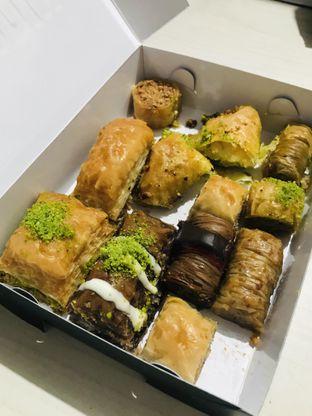Foto 3 - Makanan di Mardin Baklava Patisserie oleh Margaretha Helena #Marufnbstory