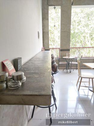 Foto 8 - Interior di Tavor Cafe oleh MiloFooDiary   @milofoodiary
