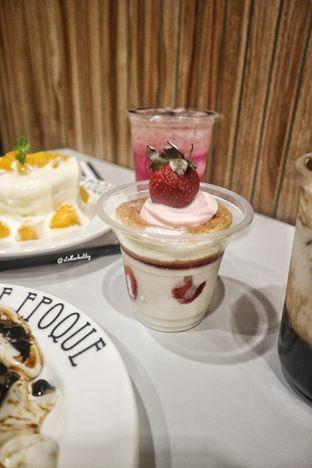Foto 2 - Makanan(Strawberry pancake jelly) di Belle Epoque oleh Stellachubby