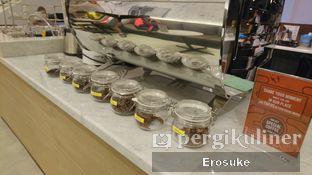 Foto 3 - Interior di Coffeedential Roastery & Dessert oleh Erosuke @_erosuke
