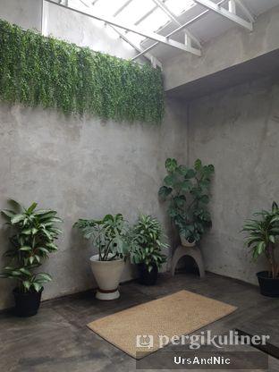 Foto 8 - Interior di Kinari Coffee Shop oleh UrsAndNic