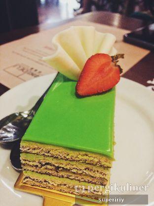 Foto 1 - Makanan(matcha cake) di Domi Deli oleh @supeririy