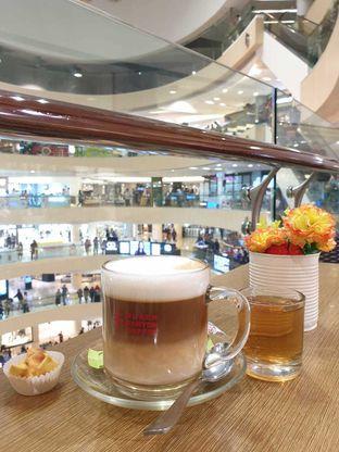 Foto 2 - Makanan di Black Canyon Coffee oleh Amrinayu