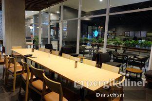 Foto 6 - Interior di Starbucks Coffee oleh Darsehsri Handayani