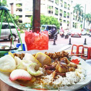 Foto - Makanan(Nasi Gulai Sapi) di Gultik Blok M oleh Genina @geeatdiary