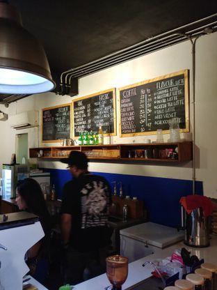 Foto 1 - Interior di Kanawa Coffee & Munch oleh kayanyaenak