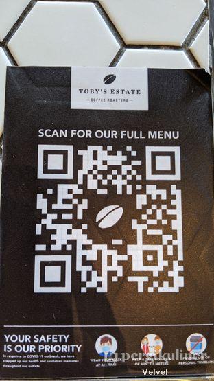 Foto 6 - Interior(Barcode untuk melihat menu) di Toby's Estate oleh Velvel