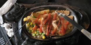 Foto 2 - Makanan di Waroeng Steak & Shake oleh Devi Renat