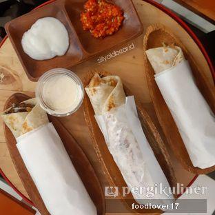 Foto 7 - Makanan di Emado's Shawarma oleh Sillyoldbear.id