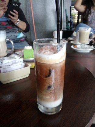 Foto 1 - Makanan(Ice Snow Cappucino) di Koffie - Hotel De Paviljoen Bandung oleh Fadhlur Rohman