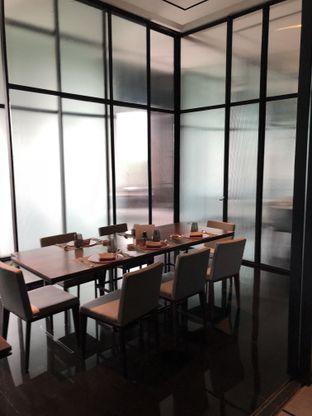 Foto 8 - Interior di 1945 Restaurant - Fairmont Jakarta oleh @Sibungbung