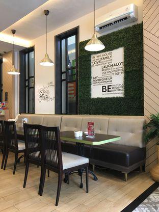 Foto 3 - Interior di Ta Huang Restaurant oleh Jeljel