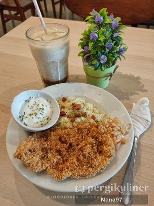 Foto 1 - Makanan di Bloom Coffee & Eatery oleh Nana (IG: @foodlover_gallery)