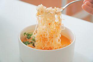Foto 2 - Makanan(Laksa Shirataki Noodle) di Kiila Kiila Cafe oleh Rifqi Tan @foodtotan