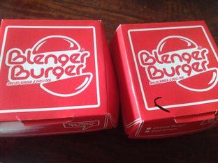 Foto 2 - Interior di Blenger Burger oleh Pinasthi K. Widhi