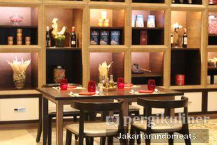 Foto 15 - Interior di Sapori Deli - Fairmont Jakarta oleh Jakartarandomeats
