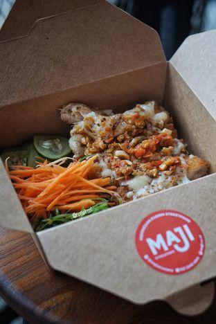 Foto 2 - Makanan di Maji Streatery oleh Nanakoot