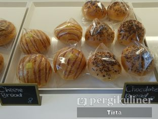 Foto 35 - Makanan di Rokue Snack oleh Tirta Lie