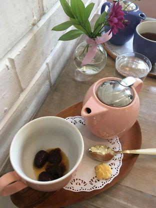 Foto review The Pink Door Tea Room oleh Prido ZH 34
