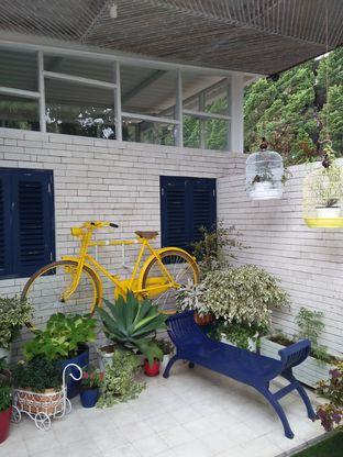 Foto 6 - Interior di Orofi Cafe oleh Trias Yuliana