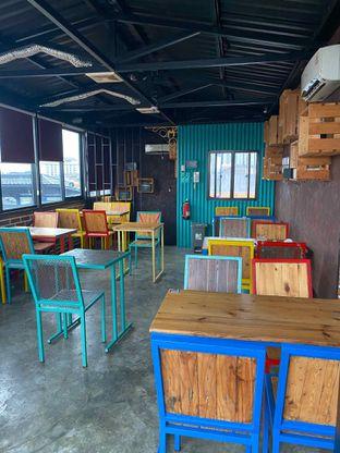 Foto review Metropole Coffee oleh Cheristine Wohangara 9
