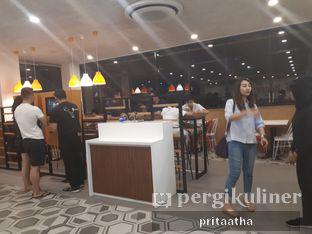 Foto 5 - Interior di BurgerUP oleh Prita Hayuning Dias