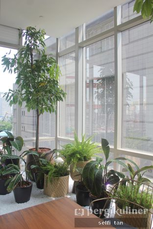 Foto 3 - Interior di Lumine Cafe oleh Selfi Tan