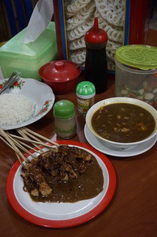Foto 5 - Makanan di Warung Sate Tongseng Pak Naryo Solo oleh yudistira ishak abrar