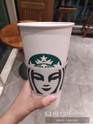 Foto 1 - Makanan di Starbucks Coffee oleh Rinia Ranada