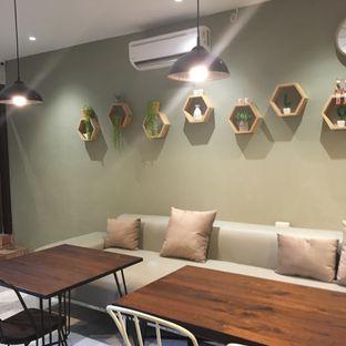 Foto 8 - Interior di Sister Grounds Coffee & Eatery oleh Lydia Adisuwignjo