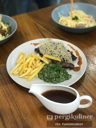 Foto review Noni Deli Coffee & Kitchen oleh Ria Tumimomor IG: @riamrt 1