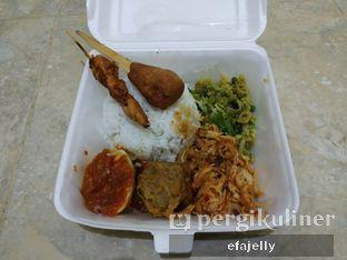Foto 1 - Makanan(sanitize(image.caption)) di Masakan Bali Ibu Kadek oleh efa yuliwati