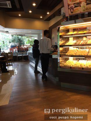 Foto 7 - Interior di Dunkin' Donuts oleh Suci Puspa Hagemi