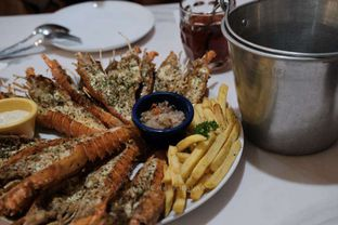 Foto 3 - Makanan di LOVEster Shack oleh harizakbaralam